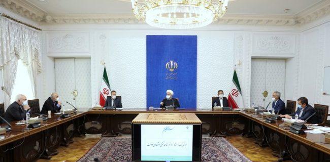 روحانی: عرضه سهام شرکتهای دولتی در بازار سرمایه ادامه دارد