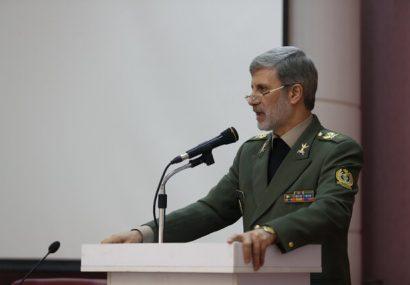 امیر حاتمی: فعالیت در حوزه جهاد و خودکفایی گزینه اصلی روی میز ما در قبال دشمنان است